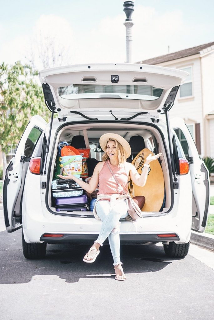 The Ultimate Guide of Road Trip Essentials for families. Learn everything you need to know before you plan your next big road trip.