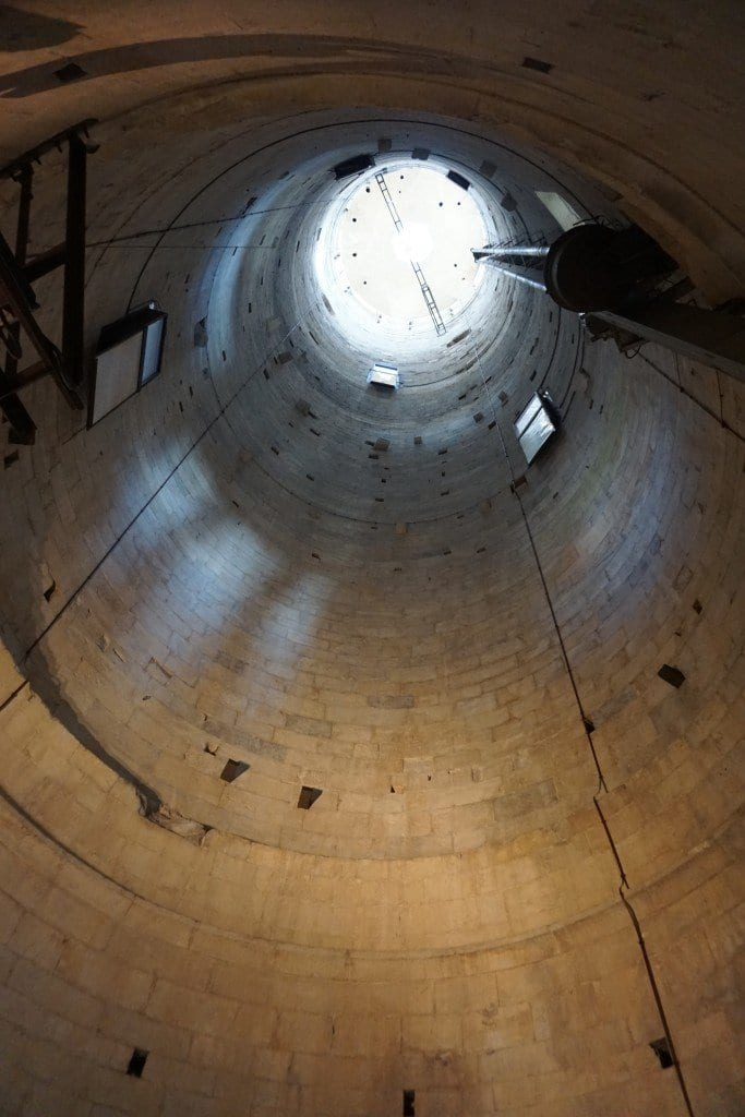 inside_view_leaning_tower