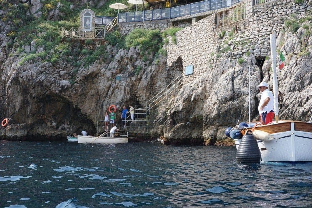blue_grotto_capri_whales
