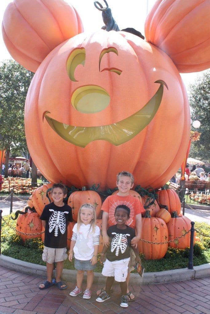 Disneyland Halloween & Legoland Halloween.. Are they worth the Money?