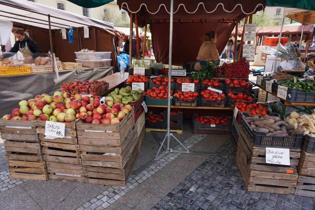 Fruit_Stand_Prague