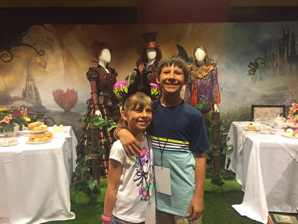 Alice Through The Looking Glass Advanced Screening at Disney SMMC   Global Munchkins