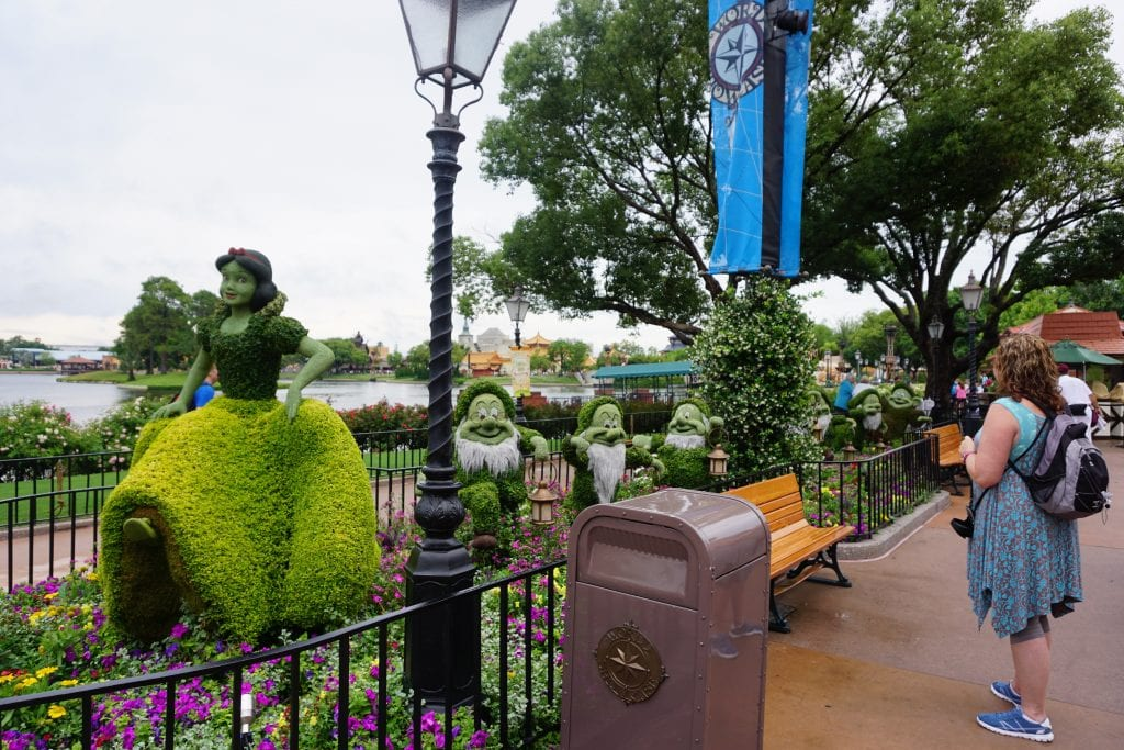 Snow White Topiary at Epcot's International Flower and Garden Festival | Global Munchkins