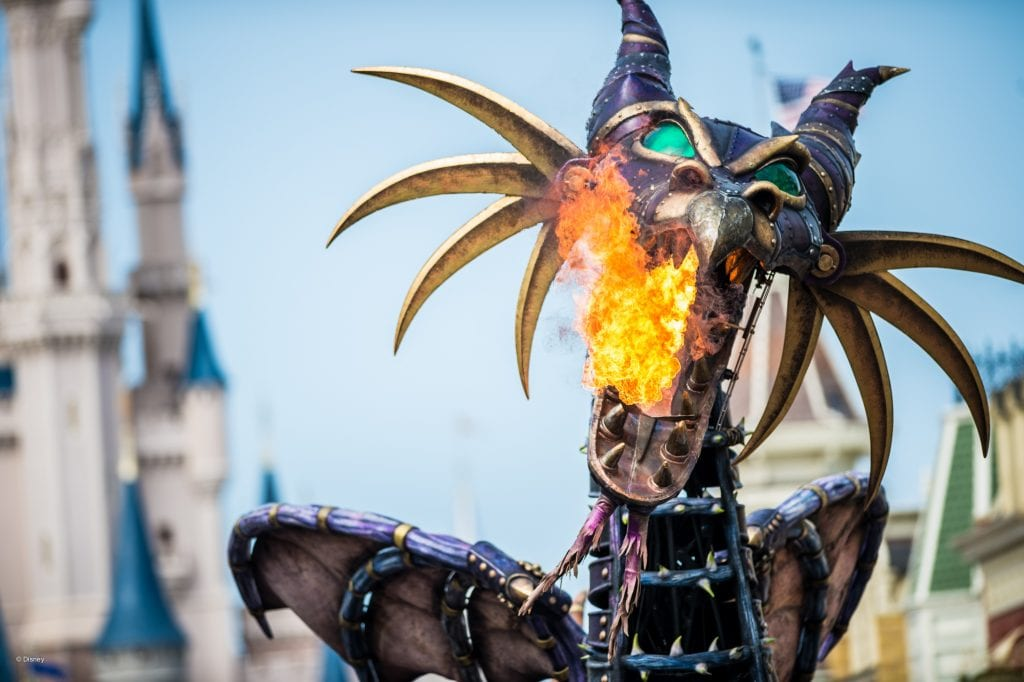 Dragon blowing fire at Magic Kingdom in Disneyworld | Global Munchkins