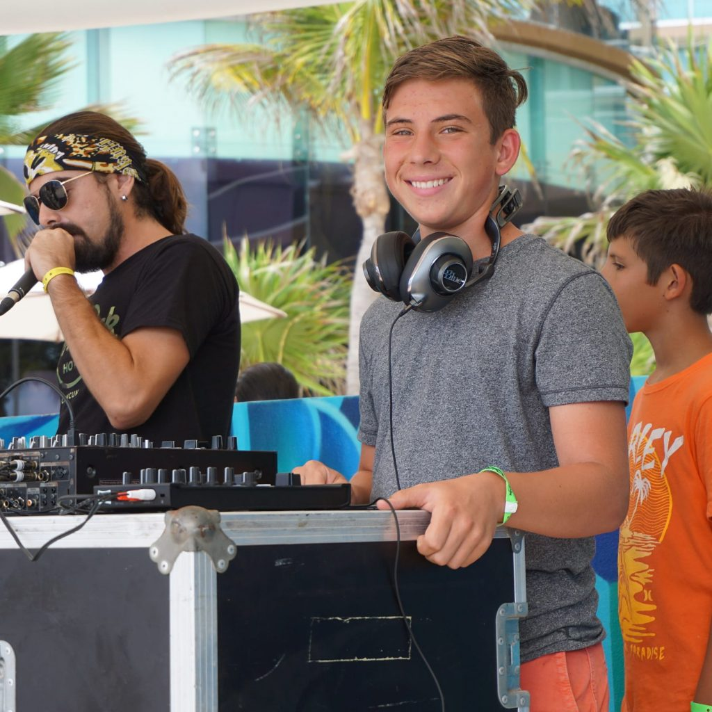 Kid Dj at the Hard Rock Cancun