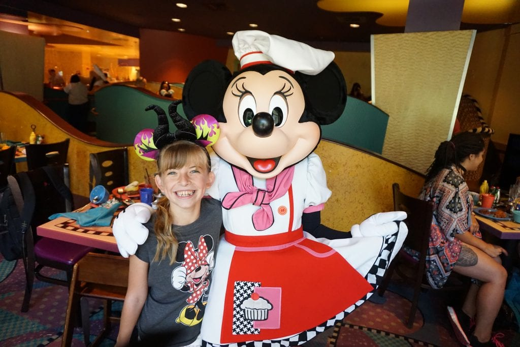 Disneyland Dining Reservations – 5 things you should know!