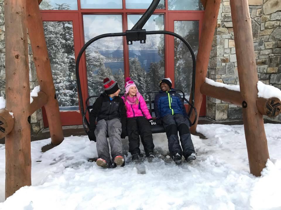 The Ultimate Ski Trip Packing List + [FREE PRINTABLE]