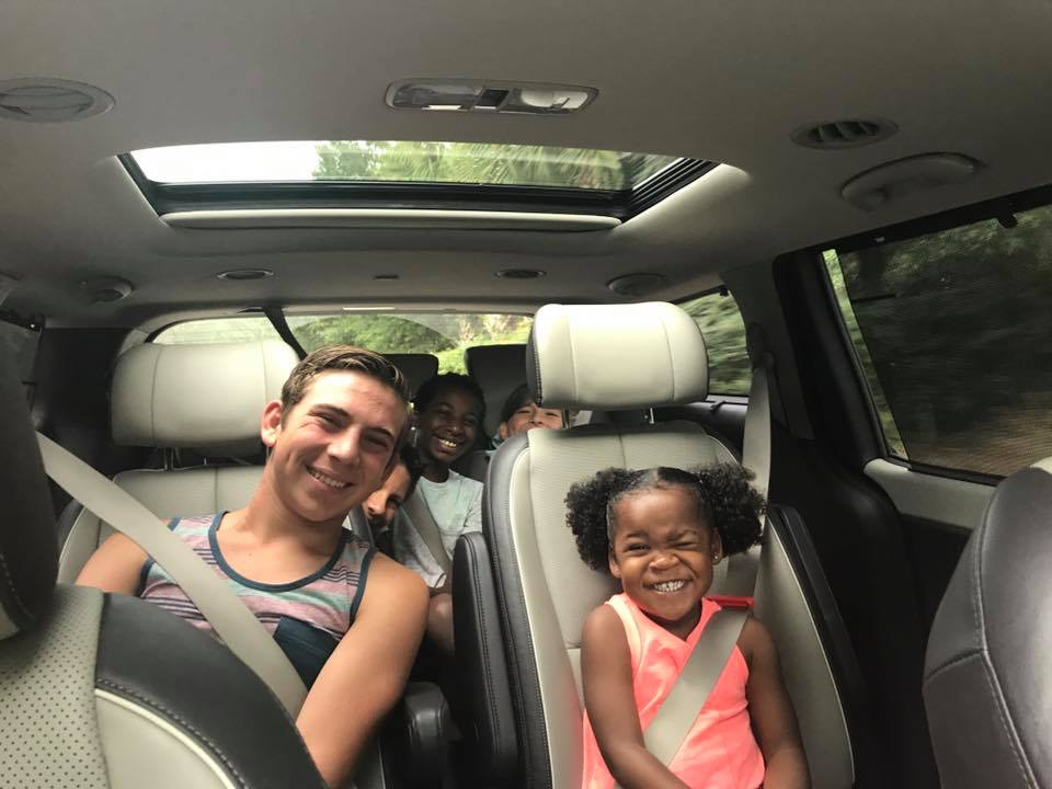 Surviving A Road Trip with Toddlers – Our Best Tips!