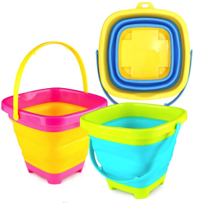 beach packing list, beach sand toys, ltoys for the lake, kids toys for the beach, what to bring to the beach, portable buckets, collapsible buckets