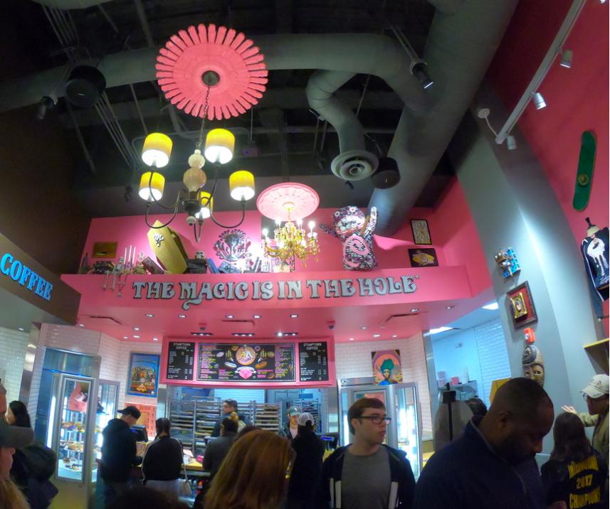voodoo donuts citywalk store