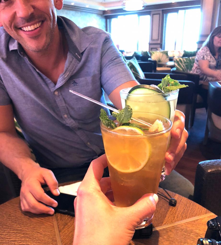 Norwegian Bliss Photos - Enjoying Mojitos at the Amazing Mojito Bar