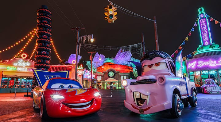 Disneyland Halloween 2019! An Ultimate Guide + Must-See Attractions