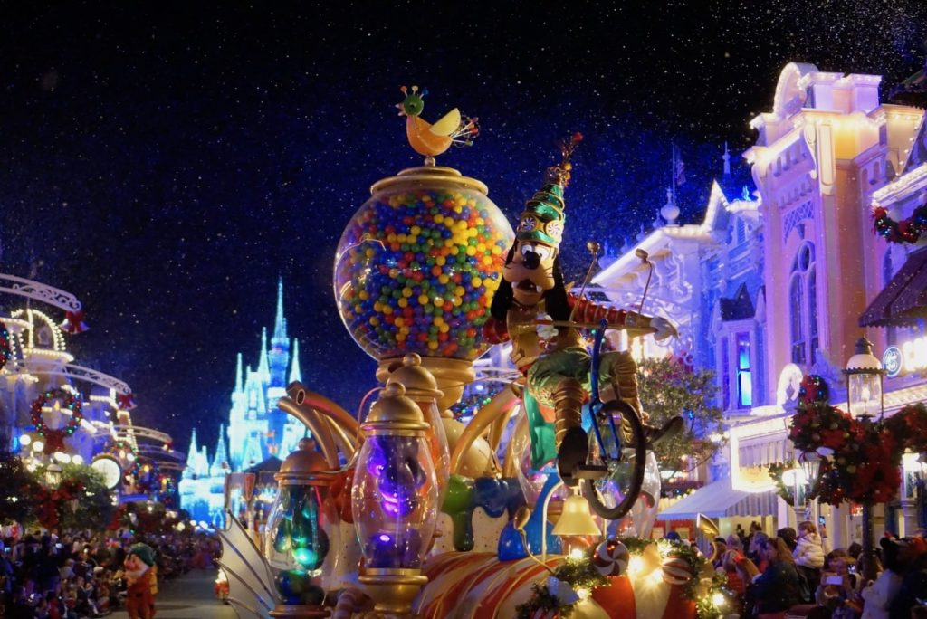 7 Amazing Things to do at Mickey's Very Merry Christmas Party 2019!