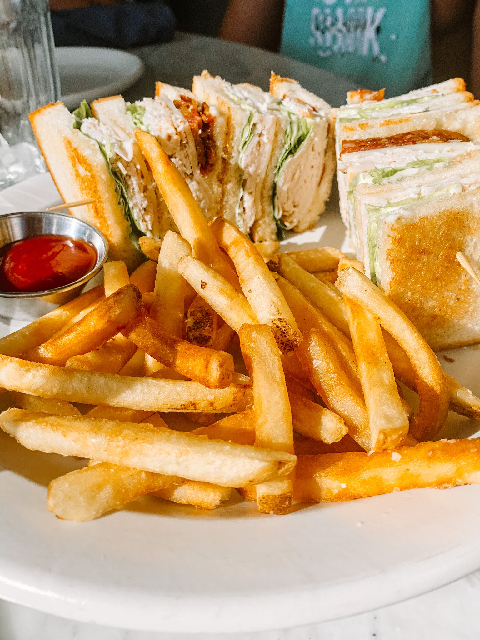 The Henry Coronado - Club Sandwich