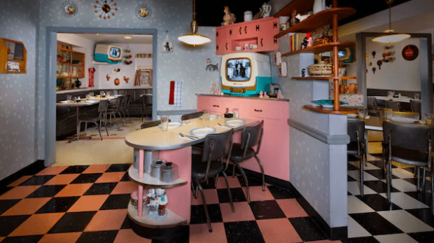 Best Restaurants in Hollywood Studios 50's Prime Time Cafe