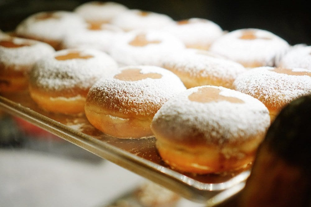 Disney Free Dining - Beignet Snacks