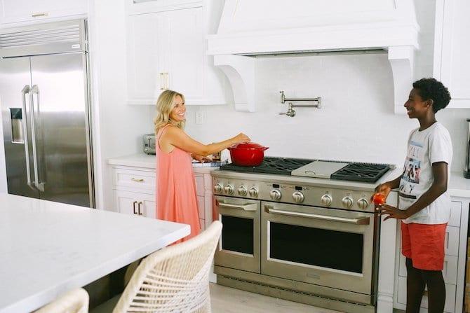 White Kitchen with Jeffrey Court Paloma Backsplash